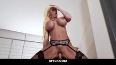 Hot Huge Tits Cougar Gives Her Patient A Hot Blowjob Thumb