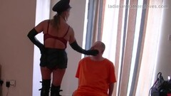 Kinky leather clad femdom in gloves fetish domination Thumb