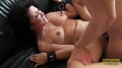 Kinky brunette gets her pussy nailed Thumb
