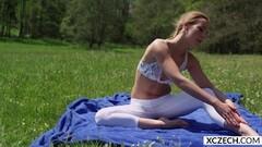 Yoga with stunning Alexis Crystal - XCZECH.com Thumb