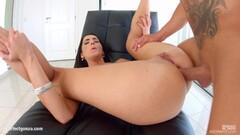 Gorgeous brunette gets her ass slammed Thumb
